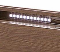 LEDバーライト採用