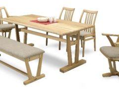 美しい木目が特徴のニレ無垢材を贅沢に使用。他に、144㎝幅のテーブル・105㎝幅のベンチがございます