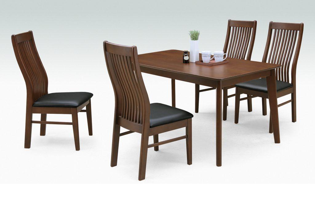 テーブル幅135㎝・縦型チェア✕4脚